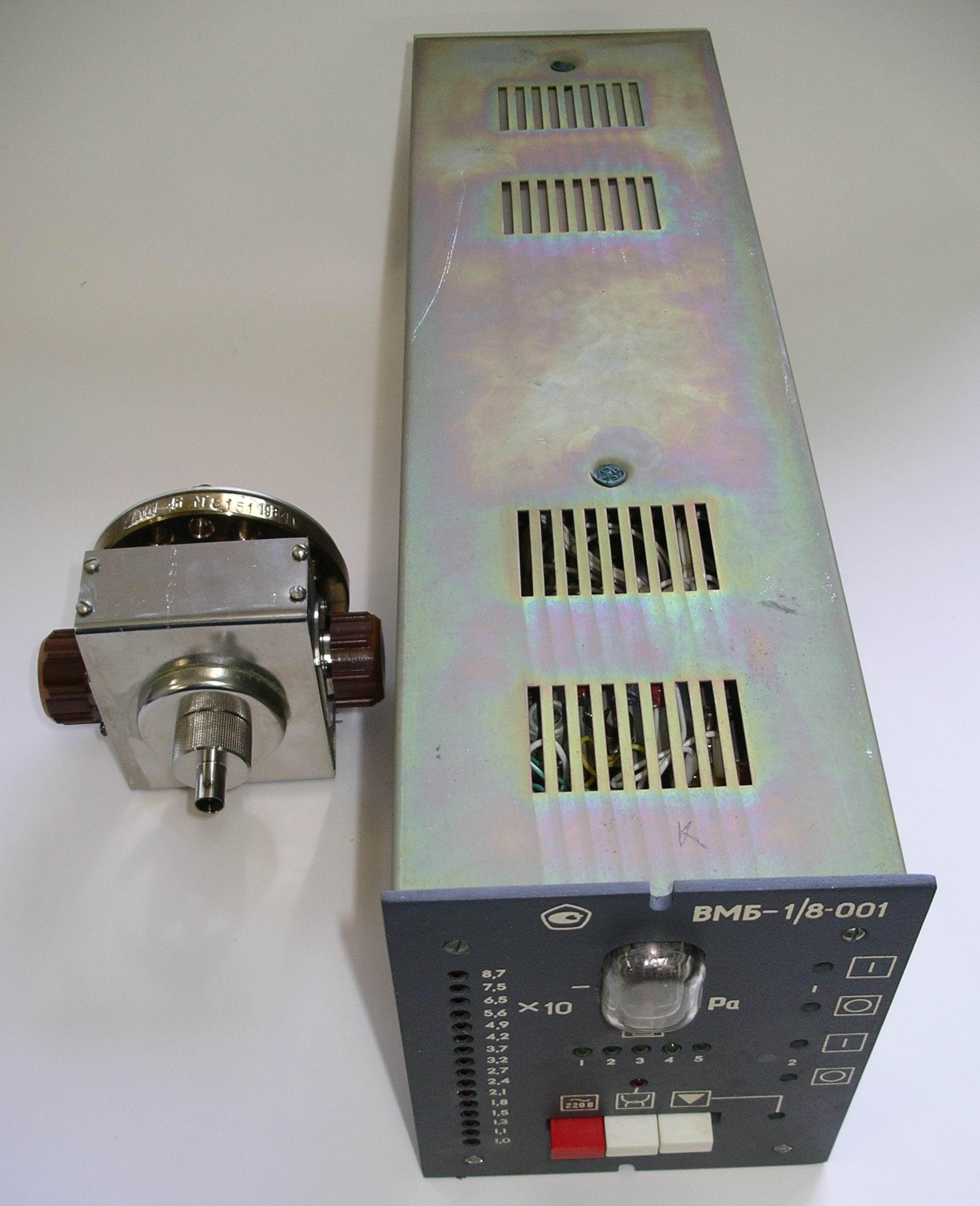 Вакуумметр ВМБ-1/8-001