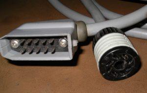 Кабель для турбомолекулярного насоса Turbovac