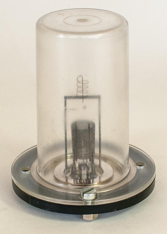 Leybold IE10 Pressure Gauge