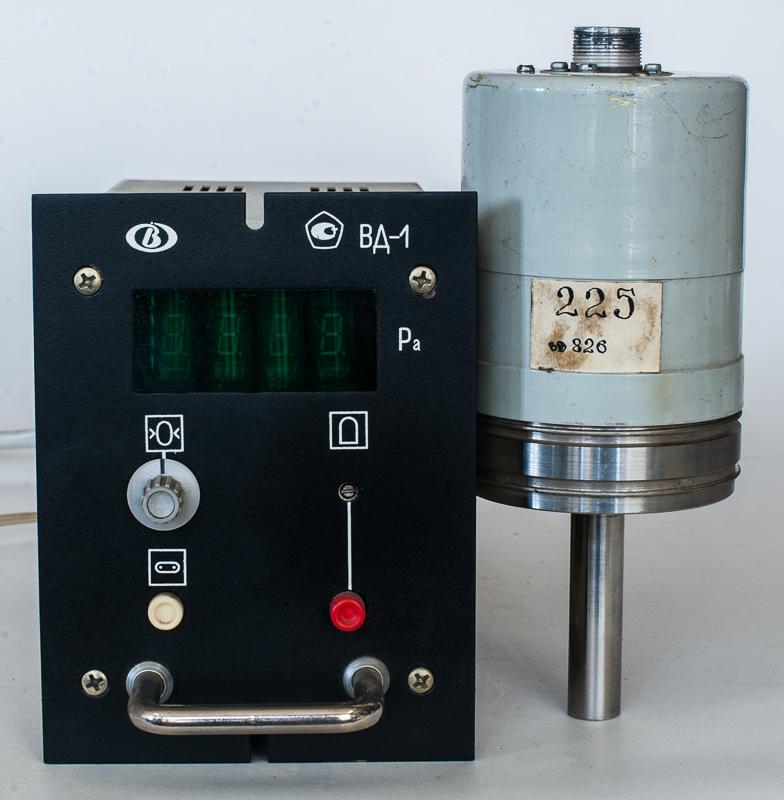 Вакуумметр деформационный блокировочный ВД-1
